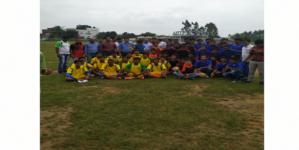नेहरू डिग्री महाविद्यालय में जिला स्तरीय फुटबॉल प्रतियोगिता हुई संपन्न
