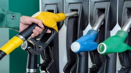 10वें दिन भारत में बढ़े तेल के दाम, पढ़िए पाकिस्तान सहित दुनिया के अन्य देशों में क्या है कीमत?