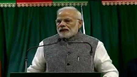 कच्चे तेल की बढ़ती कीमतों और गिरते रुपये को लेकर PM मोदी ने की समीक्षा बैठक